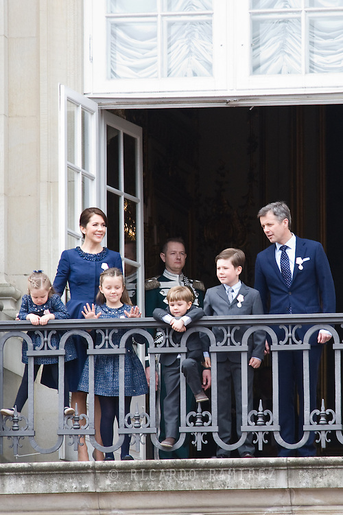 16.04.2015. Copenhagen, Denmark.Crown Prince Frederik and Crown Princess Mary of Denmark, with their children Princess Josephine, Princess Isabella, Prince Vincent and Prince Christian appear on the Balcony of Amalienborg Palace on The 75th Birthday of Queen Margrethe II of DenmarkPhoto:© Ricardo Ramirez