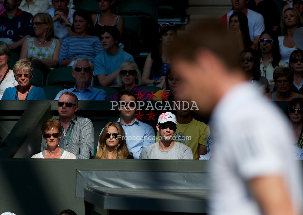 LONDON, ENGLAND - Monday, June 28, 2010: Andy Murray (GBR) is watched by his mother Judy (Judith) and girlfriend Kim Sears during the Gentlemen's Singles 4th Round match on day seven of the Wimbledon Lawn Tennis Championships at the All England Lawn Tennis and Croquet Club. (Pic by David Rawcliffe/Propaganda)