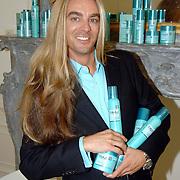 NLD/Amsterdam/20060907 - Presentatie Tom Hairwellness van Tom Sebastian, Tom Sebastian