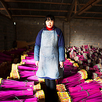 CHINA : Firecracker production