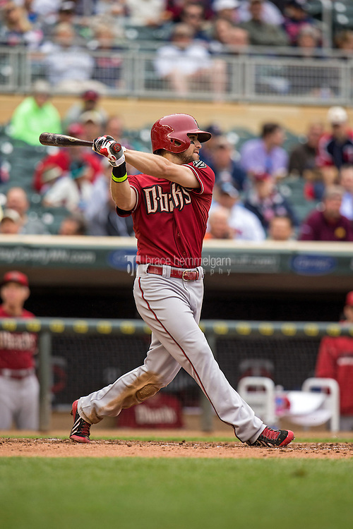 MINNEAPOLIS, MN- SEPTEMBER 24: Ender Inciarte #5 of the Arizona Diamondbacks bats against the Minnesota Twins on September 24, 2014 at Target Field in Minneapolis, Minnesota. The Twins defeated the Diamondbacks 2-1. (Photo by Brace Hemmelgarn) *** Local Caption *** Ender Inciarte