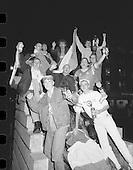 1989 - Republic Of Ireland Fans Celebrate.    (T8).
