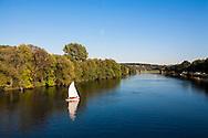 DEU, Germany, Ruhr Area, Herdecke, sailing boat on the river Ruhr.<br /> <br /> DEU, Deutschland, Ruhrgebiet, Herdecke, Segelboot auf der Ruhr.