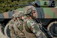 Soldats du 2eme REI.<br /> Francoise Dumas, deputee LREM en visite  au 2eme regiment etranger d infanterie.Pendant cette visite elle d&eacute;couvre le VBCI et echange avec les militaires<br /> VBCI<br /> Vehicule blinde de combat &nbsp;fran&ccedil;ais&nbsp;tout-terrain&nbsp;a huit roues, con&ccedil;u et fabrique en France par&nbsp;Nexter Systems&nbsp;et par&nbsp;Renault Trucks Defense<br /> 11&nbsp;soldats&nbsp;peuvent prendre place a bord du vehicule, qui est equipe de tous les moyens de communication modernes<br /> L objectif du VBCI est d amener le&nbsp;fantassin&nbsp;au plus pres des combatLa protection du vehicule peut etre adaptee a la menace<br /> Le VBCI peut-etre&nbsp;aerotransportable&nbsp;par un&nbsp;Airbus A400M.