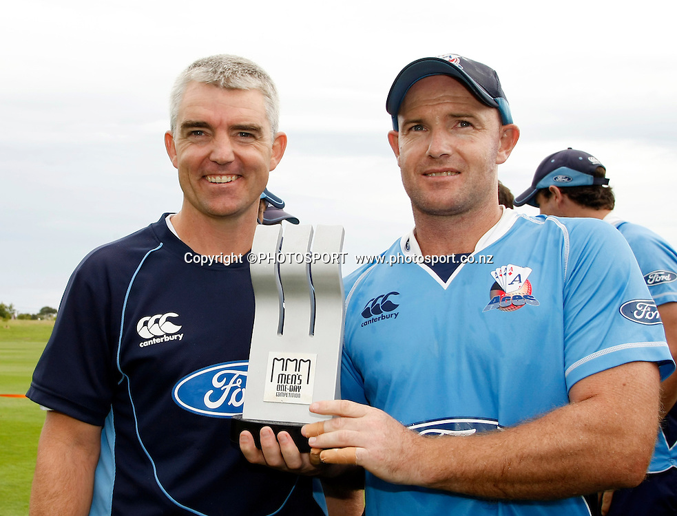 Auckland Aces captain Gareth Hopkins and coach Paul Strang with the men's one day competition trophy. Canterbury Wizards v Auckland Aces in the One Day Competition Final. QEII Park, Christchurch, New Zealand. Sunday, 13 February 2011. Joseph Johnson / PHOTOSPORT.