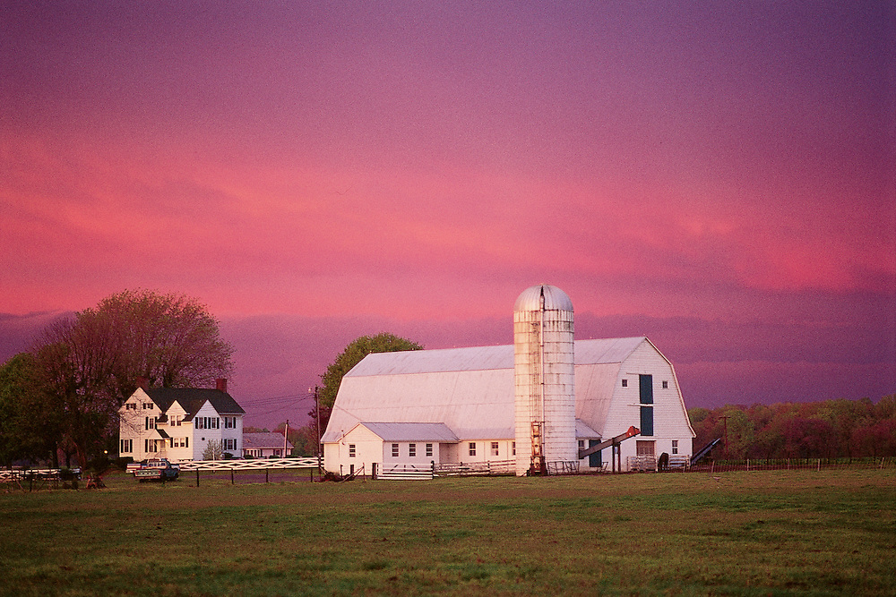 Delaware,  Barn outside Dover, Dusk, No Release  These United States Book Page 183