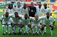 Fotball. VM 2002. 02.06.2002.<br />Paraguay v Sør-Afrika 2-2.<br />Sør-Afrikas lag.<br />Bak fra venstre: NTUTHUKO SIBAYA / PIERRE ISSA / LUCAS RADEBE / ANDRE ARENDSE / CYRIL NZAMA / AARON MOKOENA . <br />Foran fra venstre: BENEDICT MAC CARTHY / QUINTON FORTUNE / SIBUSISO ZUMA / BRADLEY  CARNELL / MOKOENA.<br />Foto: Guy Jeffroy, Digitalsport *** Local Caption *** 20000673