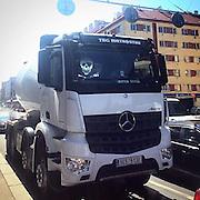 Zizkov. #prag #praha #prague #czechrepublic #truck #public #trafficjam #skull #zizkov #street