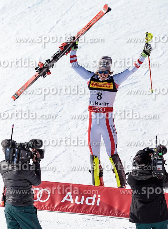 19.02.2017, St. Moritz, SUI, FIS Weltmeisterschaften Ski Alpin, St. Moritz 2017, Slalom, Herren, Siegerpräsentation, im Bild Manuel Feller (AUT, Herren Slalom Silbermedaille) // men's Slalom Silver medalist Manuel Feller of Austria during the winner presentation for the men's Slalom of the FIS Ski World Championships 2017. St. Moritz, Switzerland on 2017/02/19. EXPA Pictures © 2017, PhotoCredit: EXPA/ Johann Groder