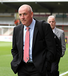 Brentford Manager, Mark Warburton arrives at Griffin Park - Photo mandatory by-line: Robbie Stephenson/JMP - Mobile: 07966 386802 - 08/05/2015 - SPORT - Football - Brentford - Griffin Park - Brentford v Middlesbrough - Sky Bet Championship