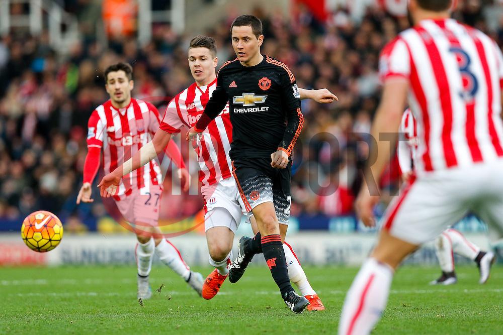 Ander Herrera of Manchester United in action - Mandatory byline: Rogan Thomson/JMP - 26/12/2015 - FOOTBALL - Britannia Stadium - Stoke, England - Stoke City v Manchester United - Barclays Premier League - Boxing Day Fixture.