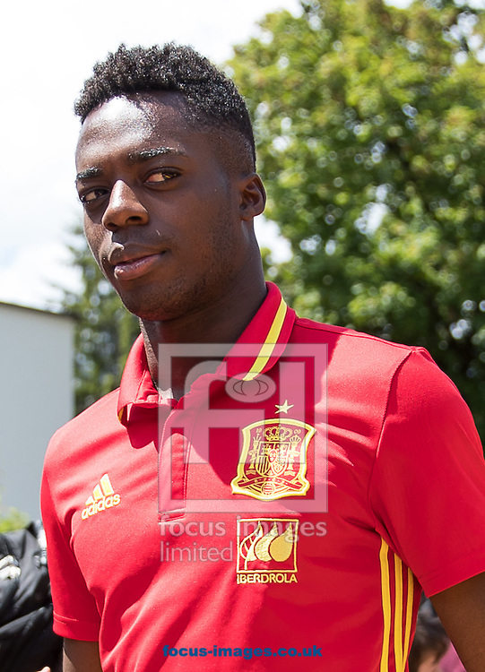 Inaki Williams of Spain arrives at Lowen Hotel, Schruns, Austria.<br /> Picture by EXPA Pictures/Focus Images Ltd 07814482222<br /> 26/05/2016<br /> ***UK &amp; IRELAND ONLY***<br /> EXPA-GRO-160526-5016.jpg