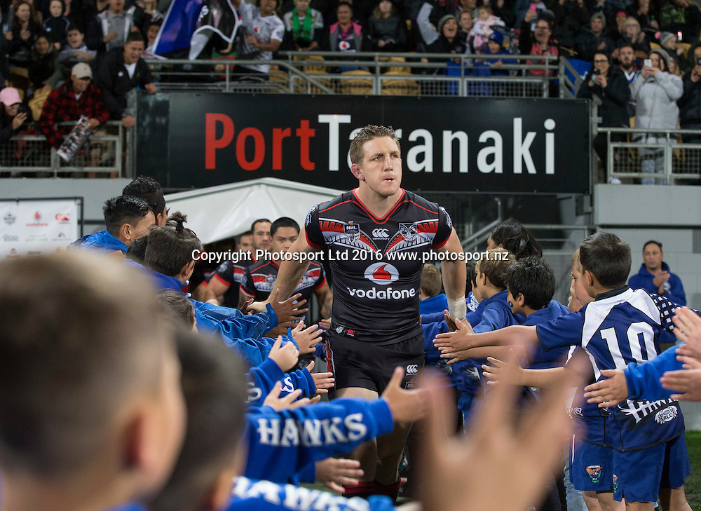 Warrior's Ryan Hoffman leads the team on to the field. NRL Rugby League match between the Vodafone Warriors and Canberra Raiders, Yarrow Stadium, New Plymouth,  New Zealand. Saturday, 21 May, 2016. Copyright photo: John Cowpland / www.photosport.nz