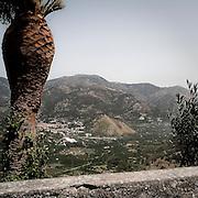 Valle dell'Alcantara vista da Castiglione di Sicilia (Ct)..Alcantara valley is visible from Castiglione di Sicilia