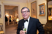 BOB COLACELLO, An exhibition of watercolours by William Rayner at Mallet's, New Bond St. Party afterwards at Bellami's, bruton Place. London. 16 June 2010. .-DO NOT ARCHIVE-© Copyright Photograph by Dafydd Jones. 248 Clapham Rd. London SW9 0PZ. Tel 0207 820 0771. www.dafjones.com.