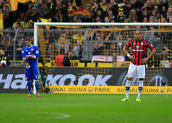 15.02.2014, Signal Iduna Park, Dortmund, GER, 1. FBL, Borussia Dortmund vs Eintracht Frankfurt, 21. Runde, im Bild Anderson (Eintracht Frankfurt #23), Torwart Kevin Trapp (Eintracht Frankfurt #1) enttaeuscht, niedergeschlagen, traurig, Emotion // during the German Bundesliga 21th round match between Borussia Dortmund and Eintracht Frankfurt at the Signal Iduna Park in Dortmund, Germany on 2014/02/15. EXPA Pictures © 2014, PhotoCredit: EXPA/ Eibner-Pressefoto/ Schueler<br /> <br /> *****ATTENTION - OUT of GER*****