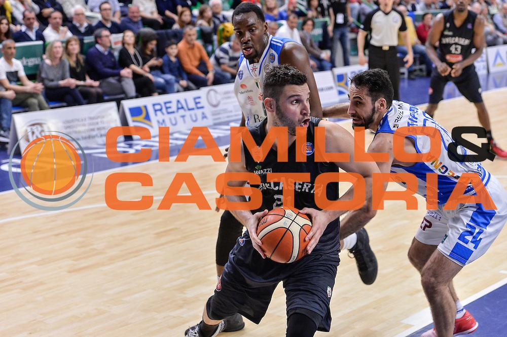 DESCRIZIONE : Beko Legabasket Serie A 2015- 2016 Dinamo Banco di Sardegna Sassari - Pasta Reggia Juve Caserta<br /> GIOCATORE : Marco Giuri<br /> CATEGORIA : Passaggio Penetrazione<br /> SQUADRA : Pasta Reggia Juve Caserta<br /> EVENTO : Beko Legabasket Serie A 2015-2016<br /> GARA : Dinamo Banco di Sardegna Sassari - Pasta Reggia Juve Caserta<br /> DATA : 03/04/2016<br /> SPORT : Pallacanestro <br /> AUTORE : Agenzia Ciamillo-Castoria/L.Canu