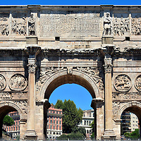 Arch of Constantine in Rome, Italy<br />