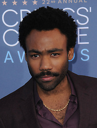 Donald Glover  bei der Verleihung der 22. Critics' Choice Awards in Los Angeles / 111216