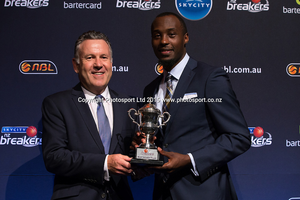 John Mortensen, COO of SkyCity presents Cedric Jackson with the MVP Award at the SkyCity Breakers Awards, 2014-15, SkyCity Convention Centre, Auckland, New Zealand, Friday, March 20, 2015. Copyright photo: David Rowland / www.photosport.co.nz