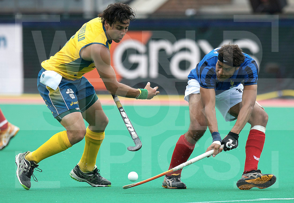 ROTTERDAM - Hock World League Semi Final Men<br /> Australia v France<br /> foto: CIRIELLO Christopher (l) and SEVESTRE Lucas.<br /> FFU PRESS AGENCY COPYRIGHT FRANK UIJLENBROEK