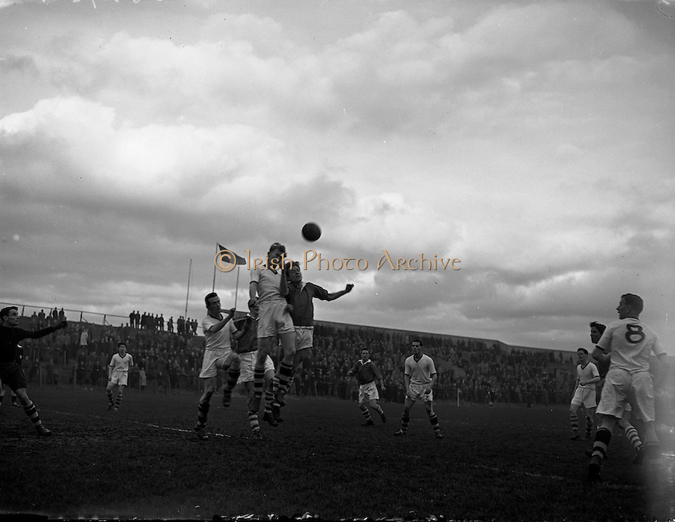 16/02/1958<br /> 02/16/1958<br /> 16 February 1958<br /> Soccer: St. Patrick's Athletic v Tycor Athletic (Waterford), 1st round F.A.I. Cup at Dalymount Park, Dublin.