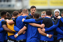 Luke Charteris of Bath Rugby speaks to his team-mates in a pre-match huddle - Mandatory byline: Patrick Khachfe/JMP - 07966 386802 - 22/09/2018 - RUGBY UNION - The Recreation Ground - Bath, England - Bath Rugby v Northampton Saints - Gallagher Premiership Rugby