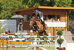 MEYER ZU HARTUM Florian, Casania O H<br /> Youngster Tour 7j Finale<br /> München Riem Pferd International - 2011<br /> (c) www.sportfotos-Lafrentz. de/Stefan Lafrentz