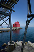 The Sturgeon Bay headlight lighthouse on Lake Michigan at the end of the Sturgeon Bay ship canal. (Mike Roemer Photo)