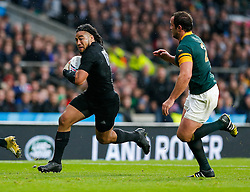 New Zealand Inside Centre Ma'a Nonu is challenged by South Africa Hooker Bismarck du Plessis - Mandatory byline: Rogan Thomson/JMP - 07966 386802 - 24/10/2015 - RUGBY UNION - Twickenham Stadium - London, England - South Africa v Wales - Rugby World Cup 2015 Semi Finals.