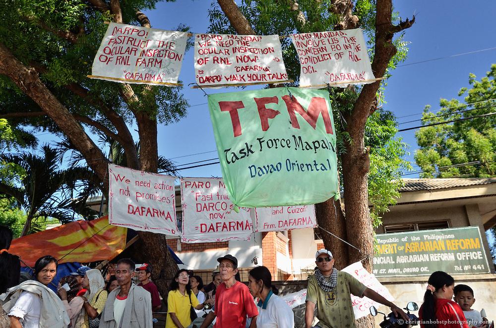 HEKS unterstützt die Landlosen, damit sie die Rechte einfordern können, die ihnen durch die staatliche Landreform zustehen. Dazu braucht es oft auch Druck gegenüber lokalen Behörden, z.B. mit Demonstrationen.