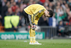 16.03.2011, Stadio Santiago di Bernabeu, Madrid, ESP, UEFA CL, Real Madrid vs Olympique de Lyon, im Bild Olympique de Lyon's Hugo Lloris dejected during Champions League match. March 16, 2011. . EXPA Pictures © 2011, PhotoCredit: EXPA/ Alterphotos/ Alvaro Hernandez +++++ ATTENTION - OUT OF SPAIN / ESP +++++
