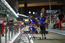 September 13, 2018 - Singapore, Singapore - Motorsports: FIA Formula One World Championship 2018, Grand Prix of Singapore,  Red Bull Toro Rosso Honda. (Credit Image: © Hoch Zwei via ZUMA Wire)