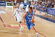 DESCRIZIONE : Trento Torneo Internazionale Maschile Trentino Cup Italia Nuova Zelanda  Italy New Zeland<br /> GIOCATORE : Giuseppe Poeta<br /> SQUADRA : Italia Italy<br /> EVENTO : Raduno Collegiale Nazionale Maschile <br /> GARA : Italia Nuova Zelanda Italy New Zeland<br /> DATA : 26/07/2009 <br /> CATEGORIA : palleggio<br /> SPORT : Pallacanestro <br /> AUTORE : Agenzia Ciamillo-Castoria/G.Ciamillo