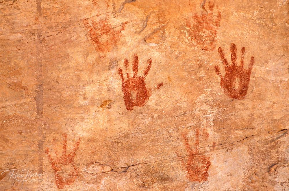 Anasazi hand prints at Turkey Pen Ruin, Grand Gulch Primitive Area, Utah USA