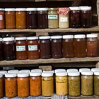 Venta de productos típicos de la zona, Galipán, Estado Vargas, Venezuela.