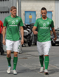 16.07.2011, Trainingsgelaende Werder Bremen, Bremen, GER, 1.FBL, Training Werder Bremen, im Bild Kevin Schindler (Bremen #28), Marko Arnautovic (Bremen #7)   // during training session from Werder Bremen 2011/07/16    EXPA Pictures © 2011, PhotoCredit: EXPA/ nph/  Frisch       ****** out of GER / CRO  / BEL ******