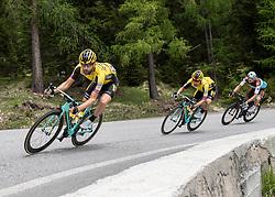 30.05.2019, Santa Maria di Sala, ITA, Giro d Italia 2019, 18. Etappe, Valdaora, Olang - Santa Maria di Salaz (222 km), im Bild v.l. Tom Leezer (NED, Team Jumbo Visma), Primoz Roglic (SLO, Team Jumbo-Visma), Nico Denz (GER, AG2R La Mondiale) // f.l. Tom Leezer of the Netherlands (Team Jumbo Visma) Primoz Roglic of Slovenia (Team Jumbo-Visma) Nico Denz of Germany (AG2R La Mondiale) during stage 18 of the 102nd Giro d'Italia cycling race from Valdaora, Olang - Santa Maria di Sala(222 km) Santa Maria di Sala, Italy on 2019/05/30. EXPA Pictures © 2019, PhotoCredit: EXPA/ Reinhard Eisenbauer