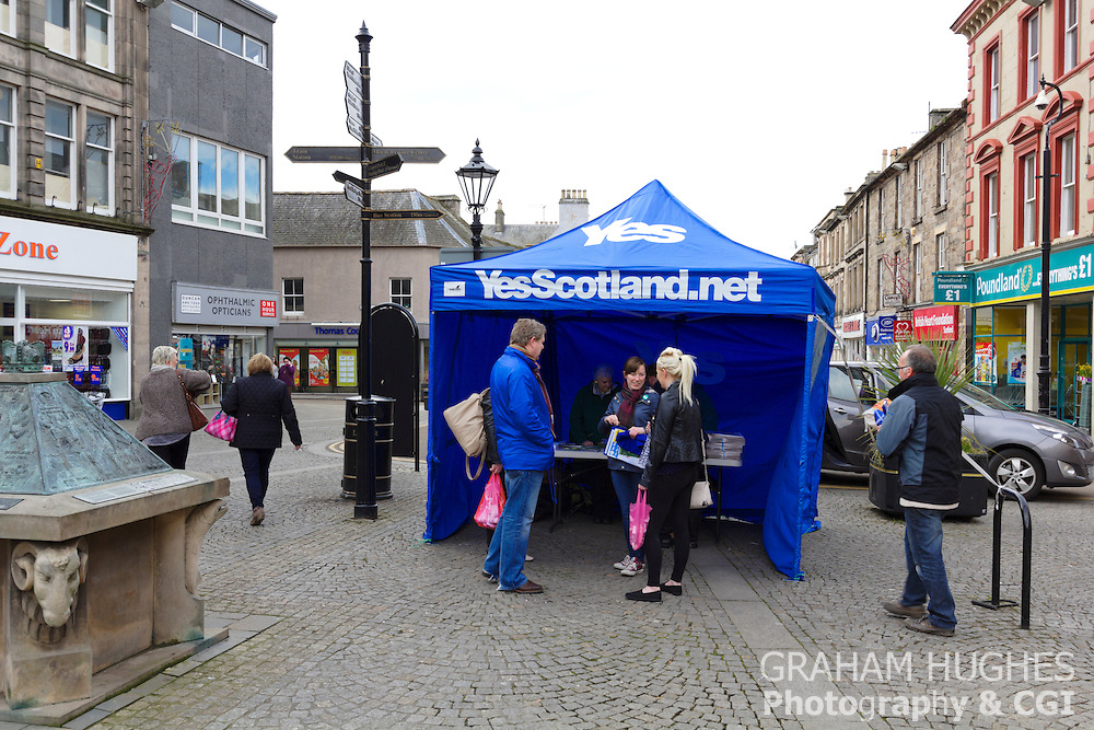 Angus Robertson, Member Of Parliament For Moray, Scotland Talks To Members Of The Public At Yes Scotland Tent in Elgin Town Centre. He is the Scottish Shadow Minister for Foreign Affairs and Westminster SNP Spokesman on Defense and Europe for the Scottish National Party (SNP).
