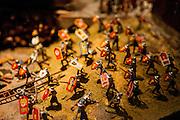 Modell einer Schlacht in der Ausstellung über Jan Hus im Museum der südböhmischen Stadt Tabor.<br /> Tabor wurde als eine Hochburg der Hussitenbewegung bekannt. Im Frühjahr 1420 zogen Anhänger des tschechischen Reformators Jan Hus nach seinem am 6. Juli 1415 in Konstanz erlittenen Feuertod aus der Stadt Sezimovo Usti auf einen nahegelegenen Berg mit der Burg Kotnov.