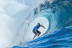 Surfing 2017: Billabong Pro Tahiti Heat 3 - August 12 2017