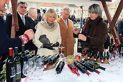 15.03.2016, Zagreb, CRO, der Britische Kronprinz Charles und seine Frau Camilla besuchen Kroatien, im Bild Their Royal Highness the Prince of Wales and Duchess of Cornwall during a visit to Osijek visited the Square St. Holy Trinity in Tvrdja where they visited stands with ecological products domestic producers and members of the Association Rubina that foster production of gold embroidery. EXPA Pictures © 2016, PhotoCredit: EXPA/ Pixsell/ Davor Javorovic/POOL<br /> <br /> *****ATTENTION - for AUT, SLO, SUI, SWE, ITA, FRA only*****