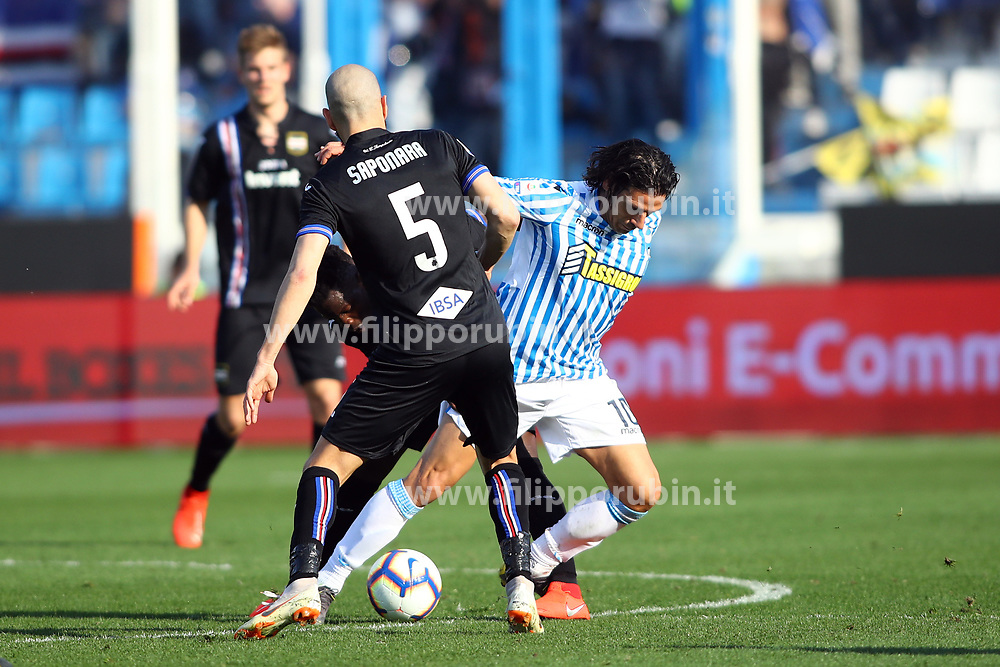 "Foto LaPresse/Filippo Rubin<br /> 03/03/2019 Ferrara (Italia)<br /> Sport Calcio<br /> Spal - Sampdoria - Campionato di calcio Serie A 2018/2019 - Stadio ""Paolo Mazza""<br /> Nella foto: SERGIO FLOCCARI (SPAL) VS RICCARDO SAPONARA (SAMPDORIA)<br /> <br /> Photo LaPresse/Filippo Rubin<br /> March 03, 2019 Ferrara (Italy)<br /> Sport Soccer<br /> Spal vs Sampdoria - Italian Football Championship League A 2018/2019 - ""Paolo Mazza"" Stadium <br /> In the pic: SERGIO FLOCCARI (SPAL) VS RICCARDO SAPONARA (SAMPDORIA)"