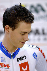 29-12-2006 WIELRENNEN: NK BAANRENNEN 2006: ALKMAAR<br /> Niki Terpstra pakte de titel voor zich op bij de individuele achtervolging. In de finale versloeg hij in een nieuw baanrecord van 4.33,248<br /> ©2006-WWW.FOTOHOOGENDOORN.NL