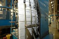 31 JAN 2007, BERLIN/GERMANY:<br /> Zeitungen nach dem Druck in der Druckerei, BVZ Berliner Zeitungsdruck GmbH<br /> IMAGE: 20070131-01-001