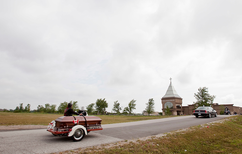 Bob Probert's casket arrives at Windsor Christian Fellowship church in Windsor, Ontario July 9, 2010 as the Detroit Red Wings enforcer is laid to rest after his sudden death earlier this week at the age of 45.<br /> The Canadian Press/GEOFF ROBINS