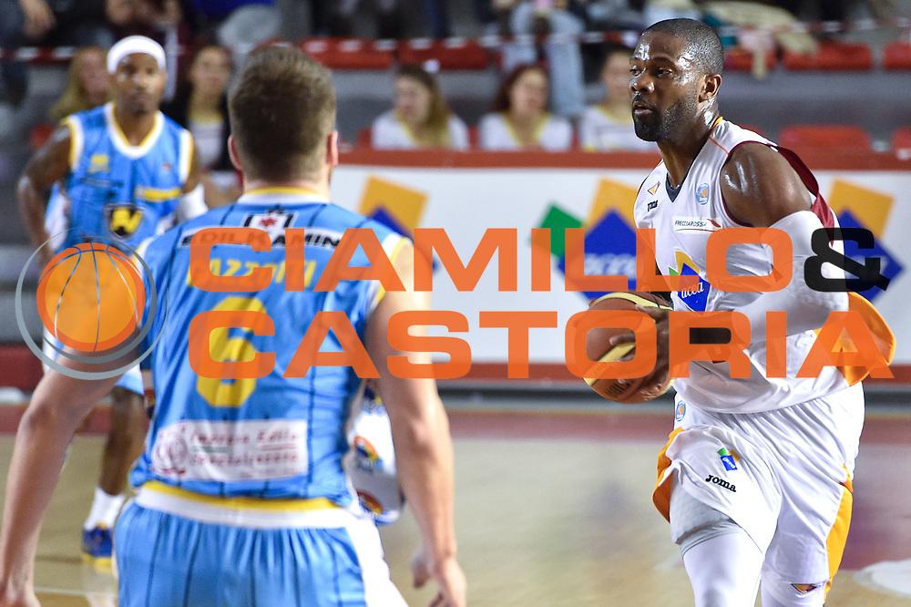 DESCRIZIONE : Roma Lega A 2014-15 Acea Roma vs Vanoli Basket Cremona<br /> GIOCATORE : Jones Bobby<br /> CATEGORIA : Passaggio<br /> SQUADRA : Acea Roma<br /> EVENTO : Campionato Lega A 2014-2015 GARA : Acea Roma vs Vanoli Basket Cremona<br /> DATA : 07/12/2014 <br /> SPORT : Pallacanestro <br /> AUTORE : Agenzia Ciamillo-Castoria/GiulioCiamillo <br /> Galleria : Lega Basket A 2014-2015 <br /> Fotonotizia : Acea Roma Lega A 2014-15 Acea Roma vs Vanoli Basket Cremona<br /> Predefinita :