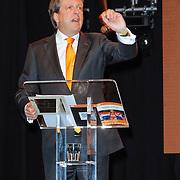 NLD/Arnhem/20121103 - 100 Jarig bestaan NOC/NSF Sportparade, Veilingmeester Alexander Pechtold