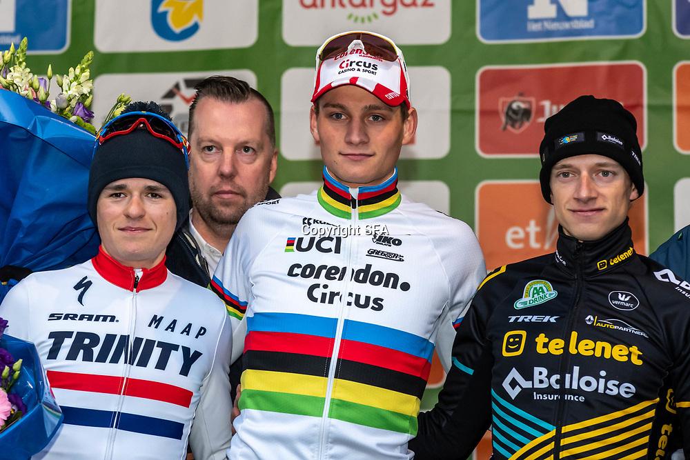 15-12-2019: Wielrennen: Druivencross: Overijse<br />Mathieu van der Poel pakt de winst in de Druivencross Overijse