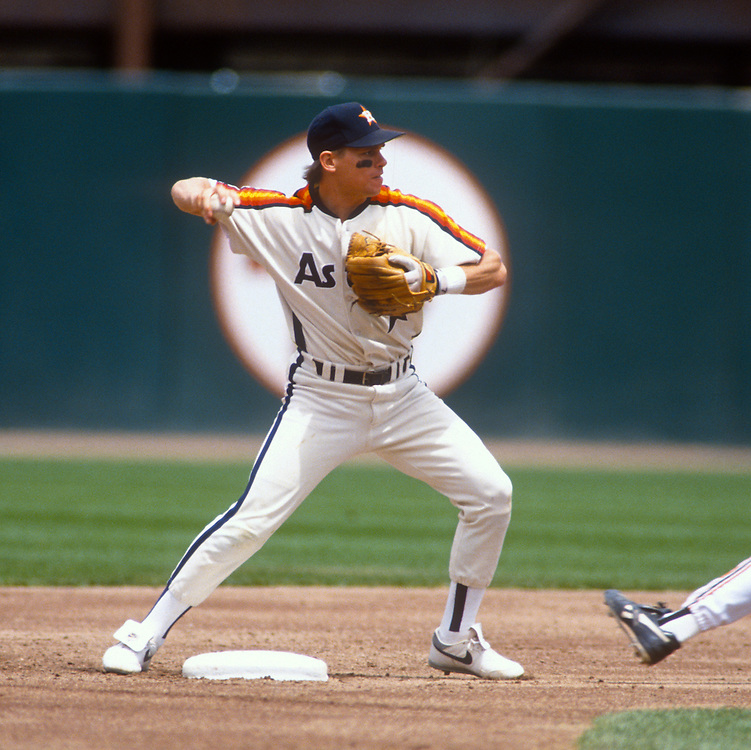 SAN FRANCISCO - UNDATED:  Craig Biggio of the Houston Astros fields during an MLB game versus the San Francisco Giants at Candlestick Park in San Francisco, California.  Biggio played for the Astros from 1988-2007.  (Photo by Ron Vesely)  Subject:  Craig Biggio